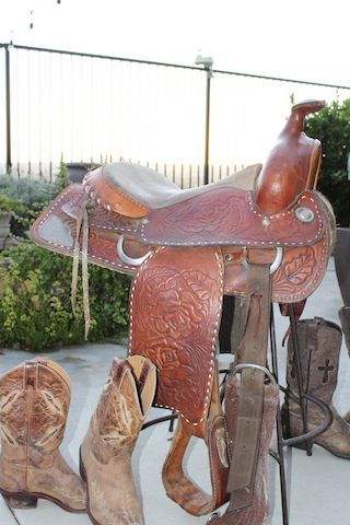 dc1424b83cb4 I just picked up this saddle and was wondering if anyone can give me some  information on it. It says Texas Saddlery Bastrop Texas 900.